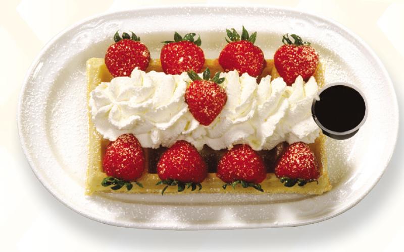 Belgian waffle strawberry